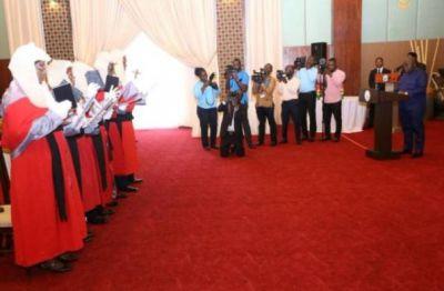 President swears in 5 Appeals Court judges