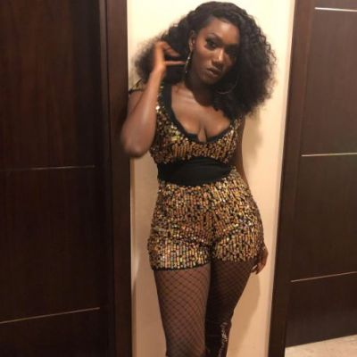 Wendy Shay suffers wardrobe malfunction at concert
