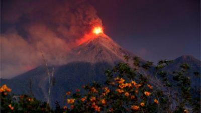Thousands flee as Guatemala's Fuego volcano erupts